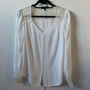 Boho Karen Kane white lace long sleeve top button
